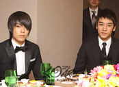 top and seungri